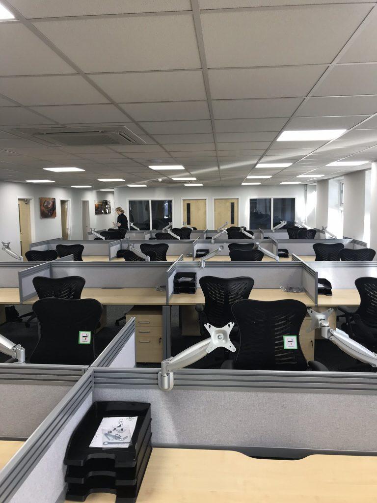 Alcon computer room